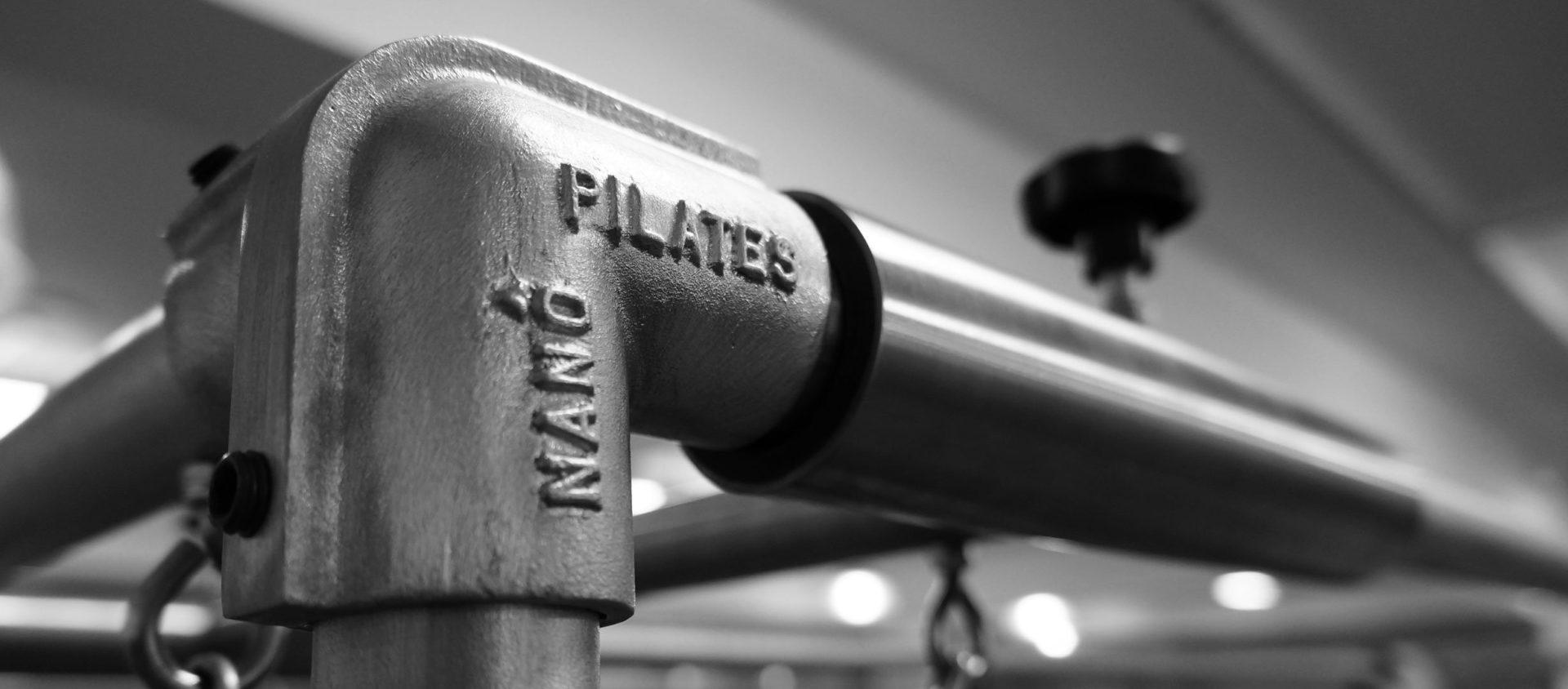 Detalhe do aparelho de pilates cadillac